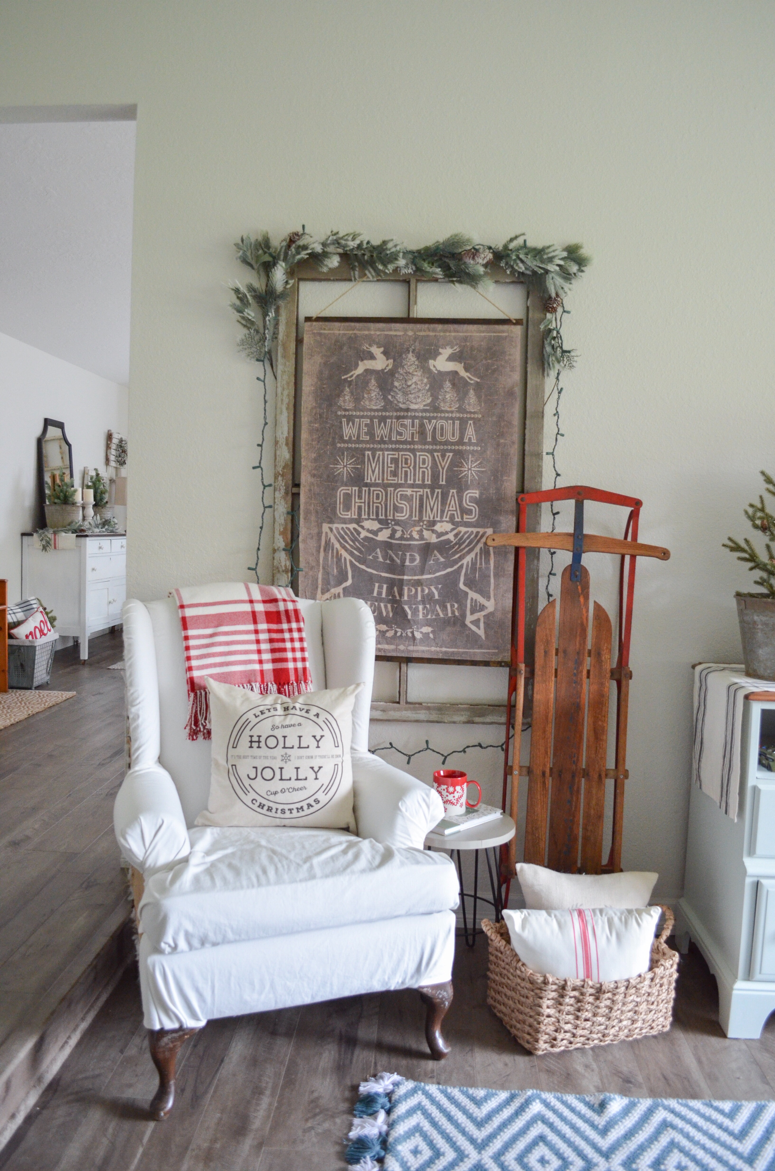 Farmhouse Style Christmas Home Tour